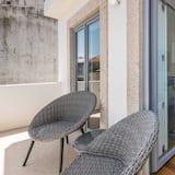 Basic Studio, 1 Double Bed with Sofa bed - Balcony