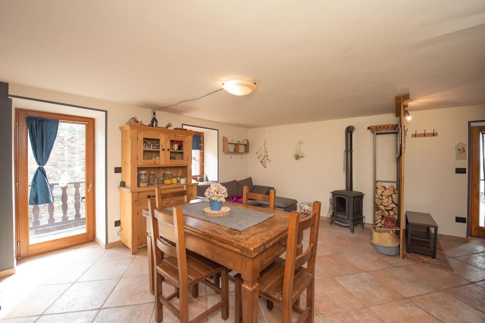 Rumah - Area Keluarga