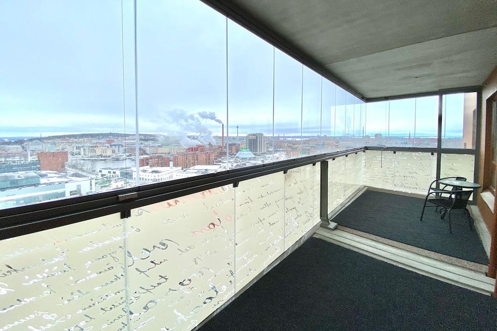 City-huoneisto, Kaupunkinäköala, Torni - Näköala parvekkeelta
