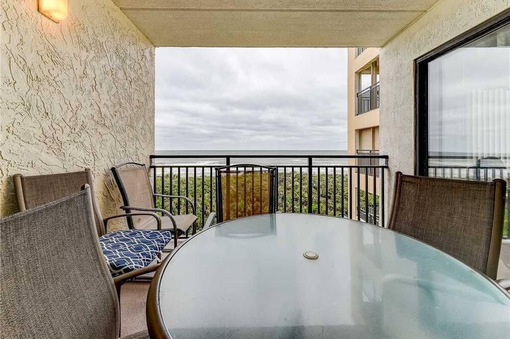 Lejlighed - flere senge - balkon - havudsigt - Altan