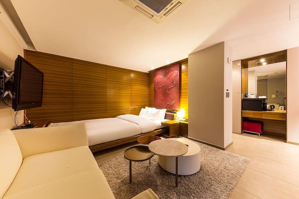Room (ROYAL SUITE ROOM) - Guest Room