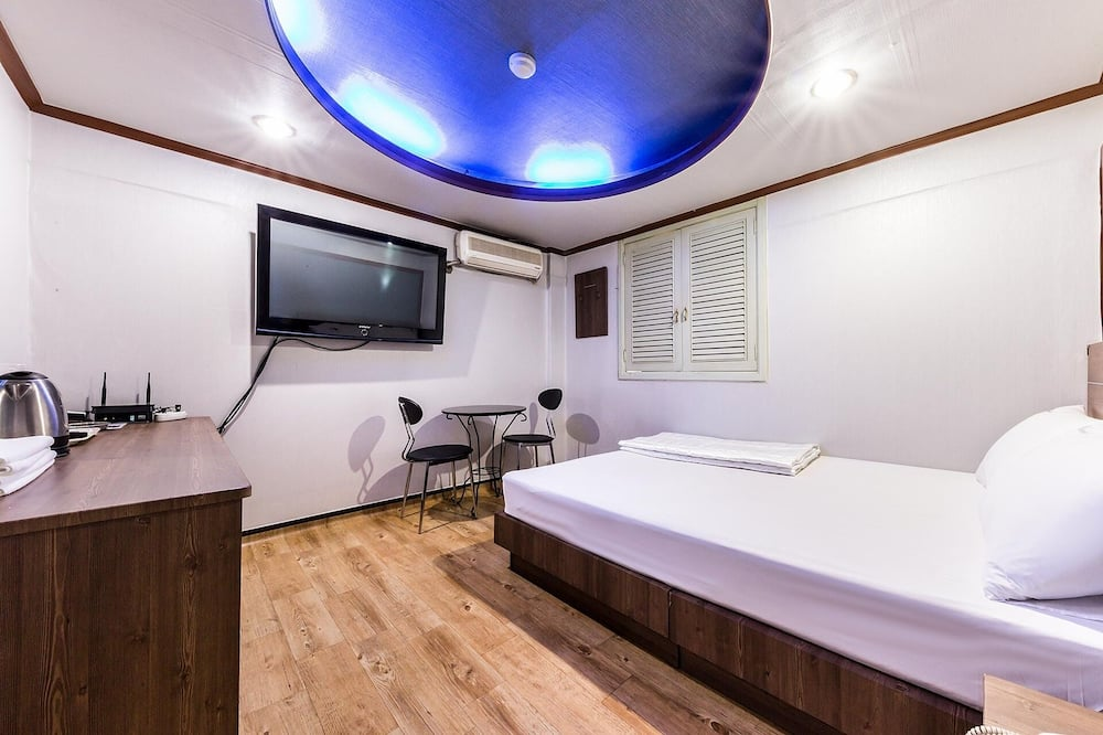 ルーム (Standard Room) - 部屋