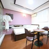 חדר (Common Room) - חדר אורחים