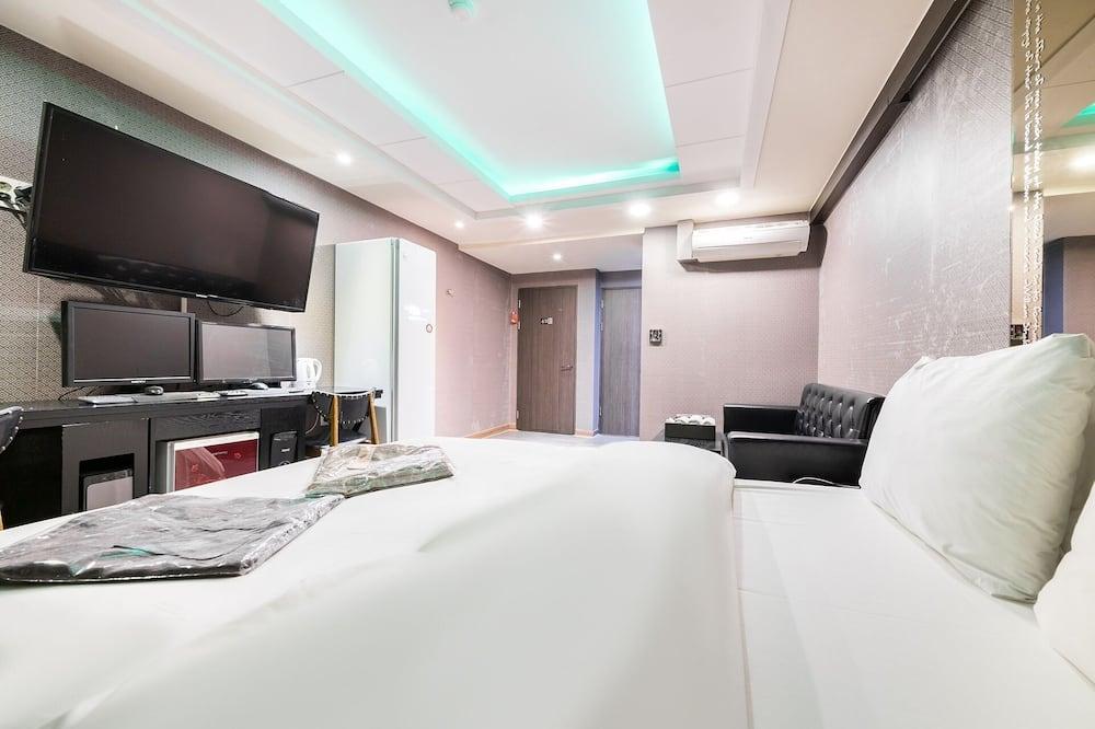 Izba (Suite room (Styler Air Purifier)) - Hosťovská izba