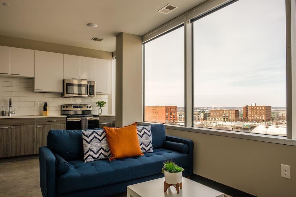 아파트, 주방, 시내 전망 (2 Bedrooms) - 거실 공간
