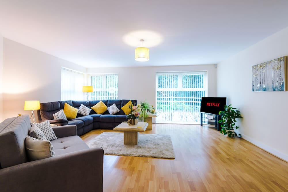 Exclusive Apartment (incl. cleaning fee) - Living Area