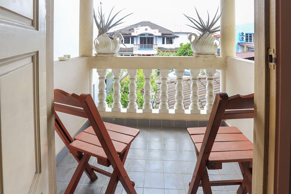 Family Room, Private Bathroom - Balcony