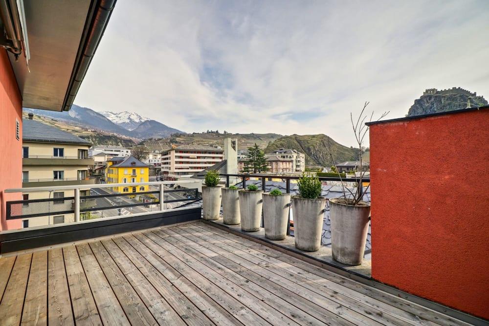 Apartemen Basic, Beberapa Tempat Tidur - Balkon