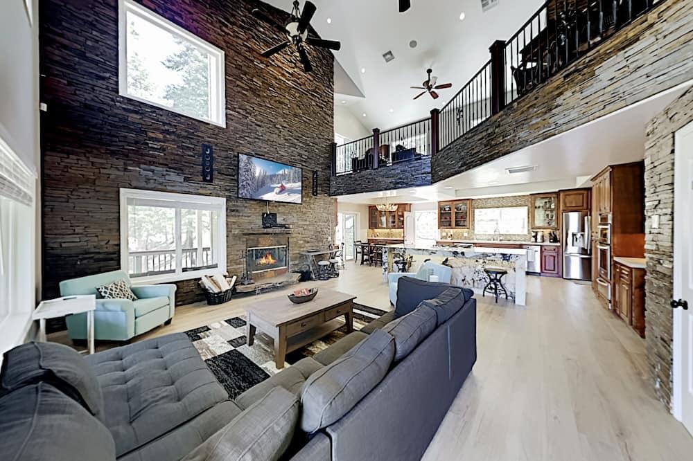 27079tnl 3 Bedroom Home