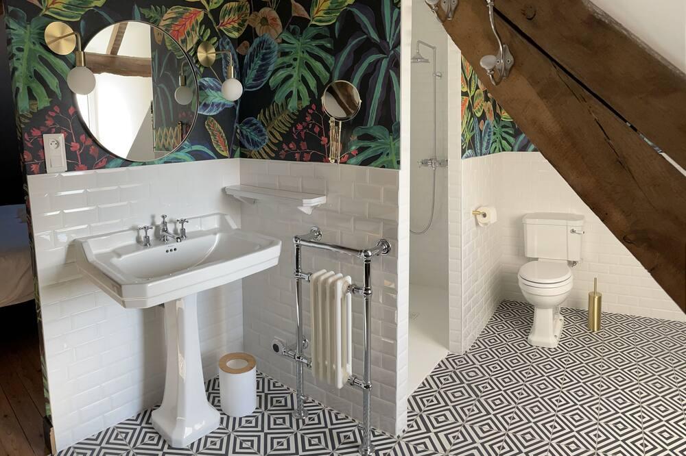Phòng đôi tiện nghi đơn giản, Có phòng tắm riêng, Quang cảnh thành phố - Phòng tắm