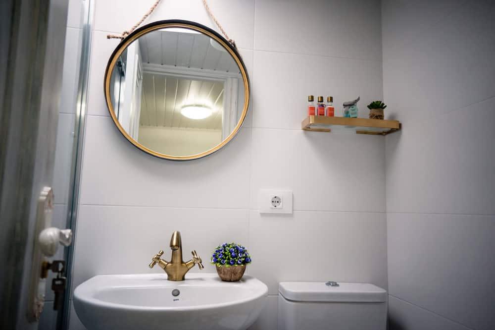 Appartement, salle de bains attenante - Salle de bain