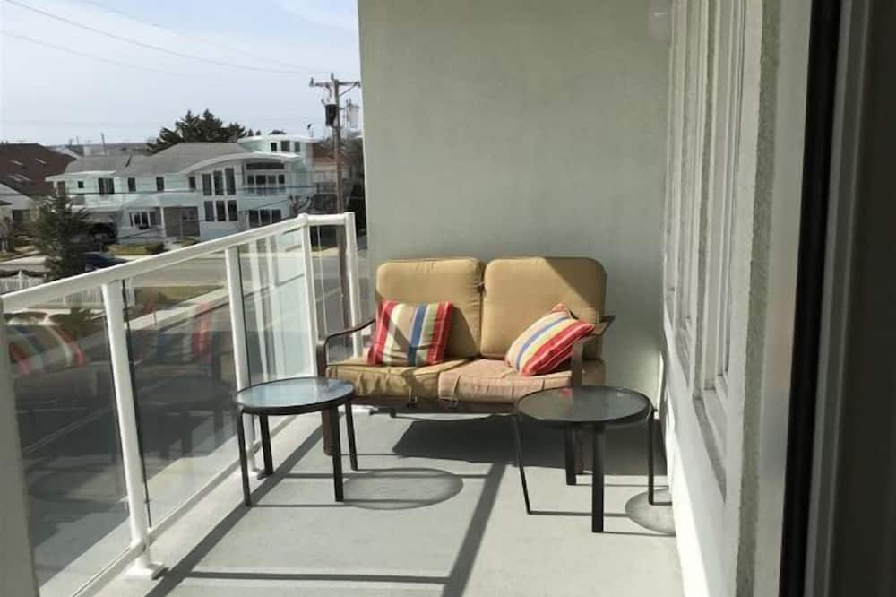 Butas (WC407 East Monterey Ave - 202) - Balkonas