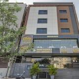 Treebo Trend Hotel Sampradaya Bistro