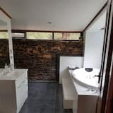 Deluxe House - Bathroom