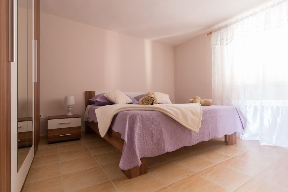 Family Apartment - Bilik