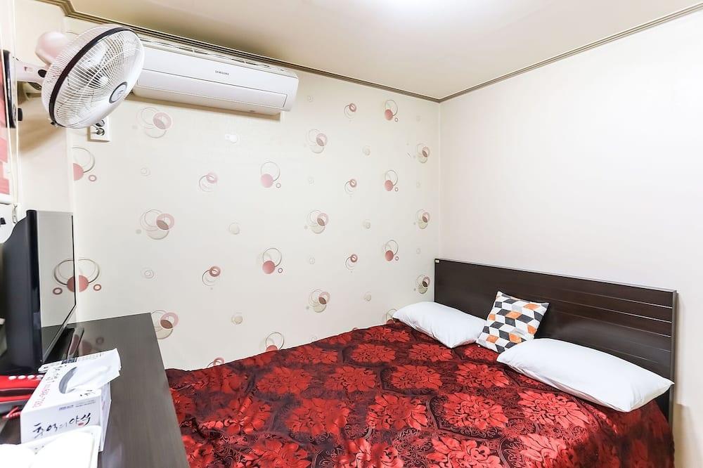Kambarys (Standard Room) - Svečių kambarys