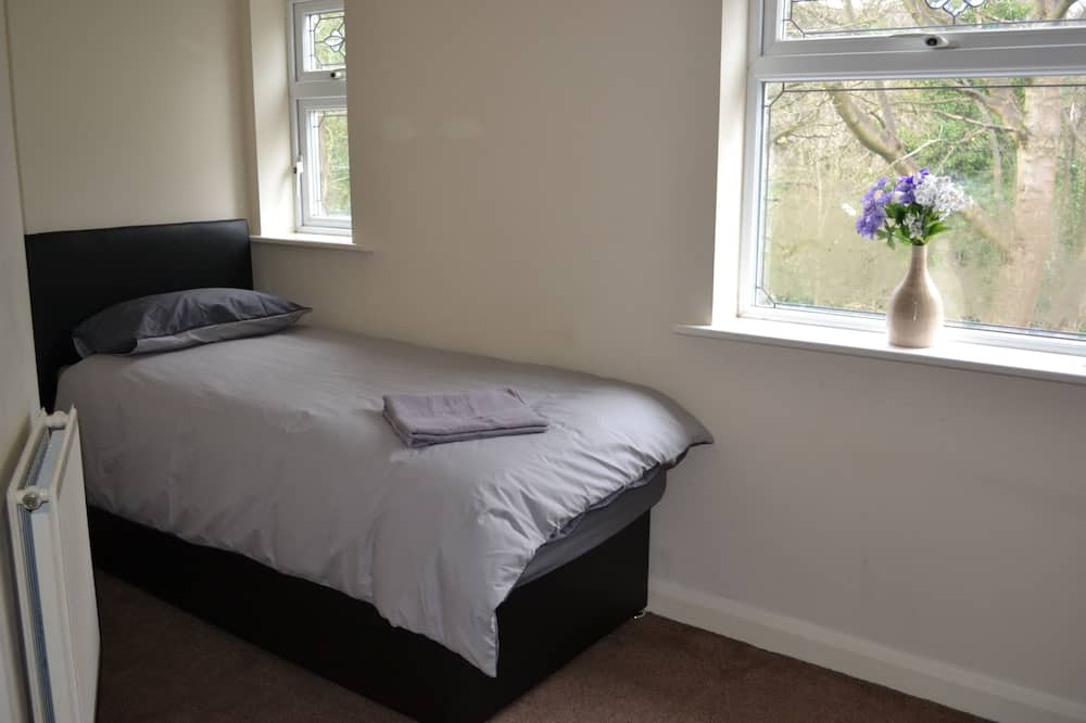 Impeccable 3-bed all Ensuite House in Birmingham