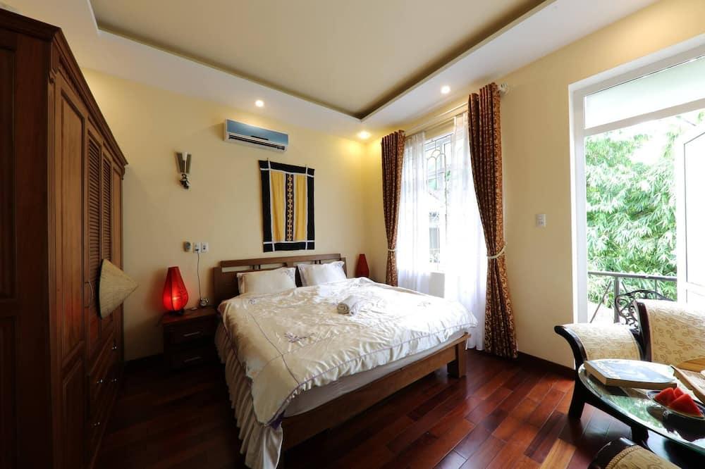 Hillside Homestay Hue - Silk Room