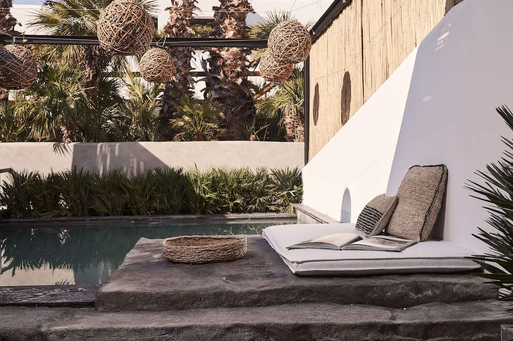 EOS Double Room Private Pool - Uitgelichte afbeelding