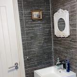 Apartment, Berbilang Katil - Bilik mandi
