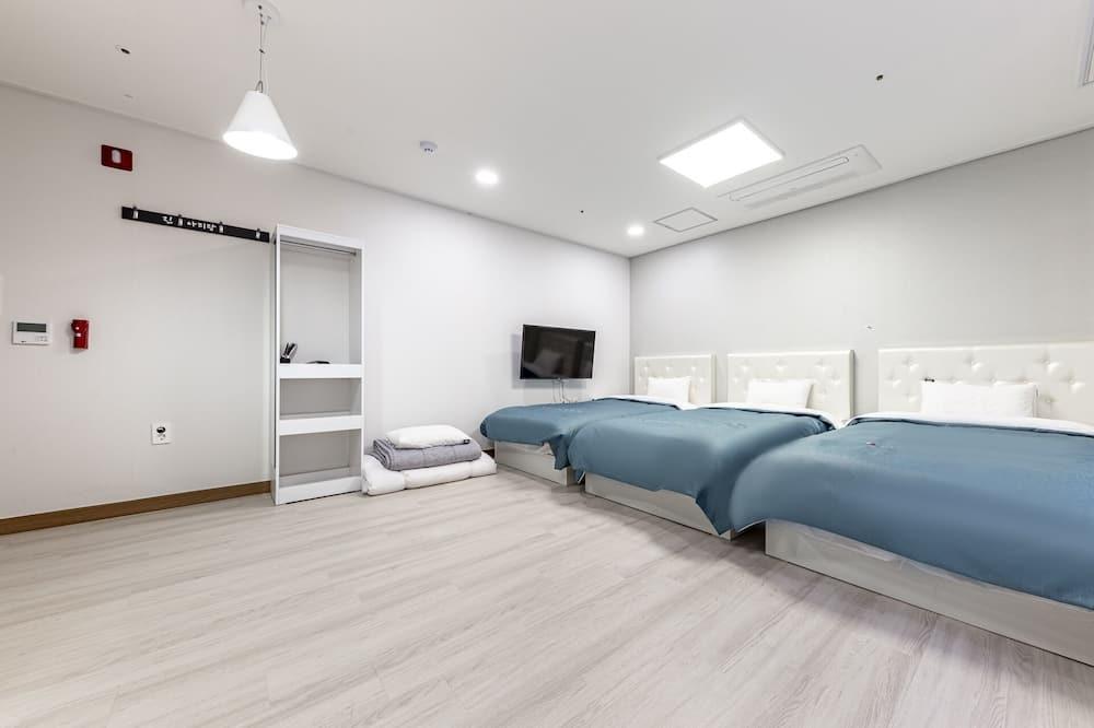 Room (Premium Family Room) - Guest Room