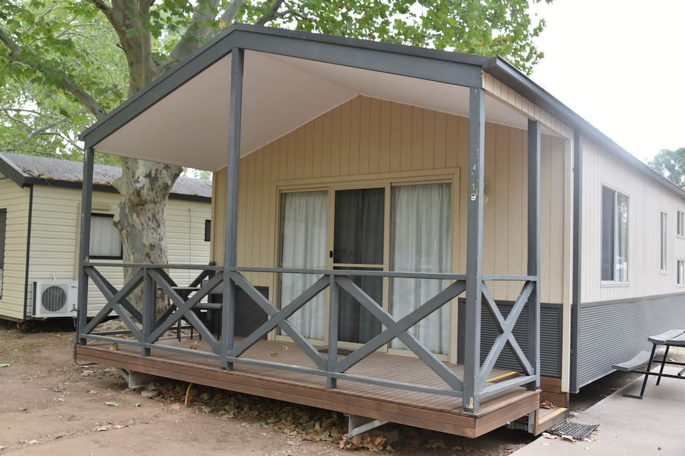 Ball Park Caravan Park