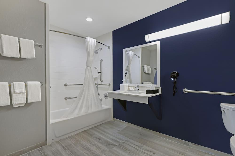 Yhden hengen huone, 1 suuri parisänky, Esteetön - Kylpyhuone