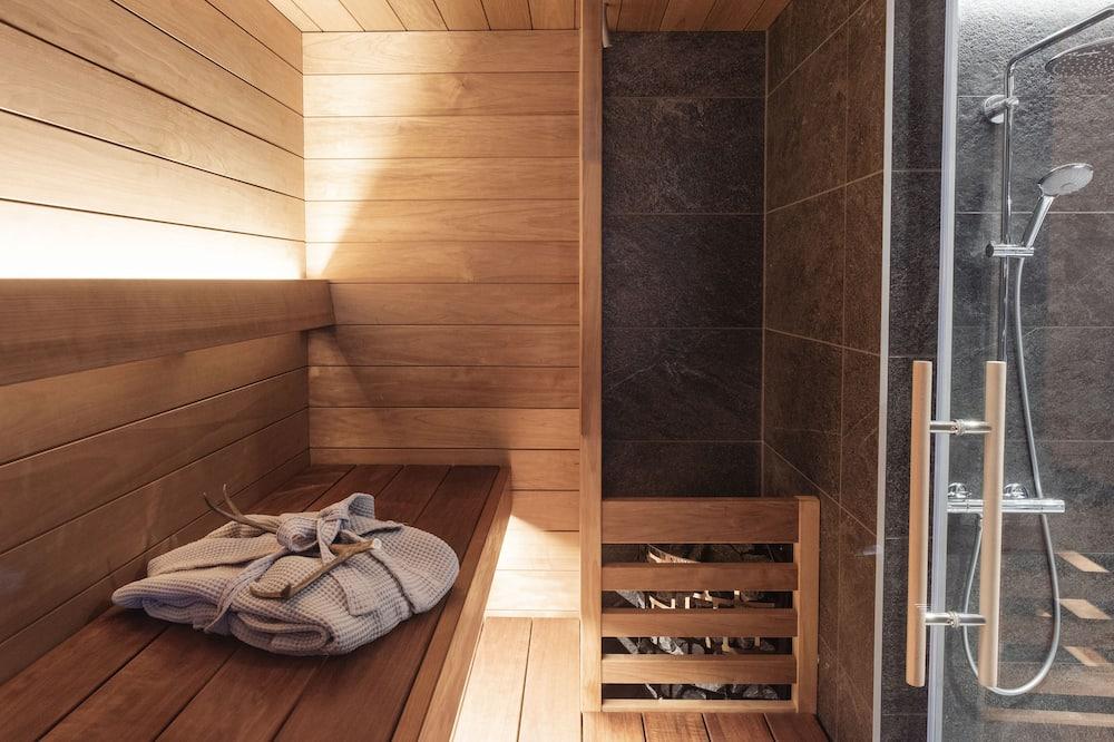 Arctic Loft Deluxe, Sauna - Bathroom