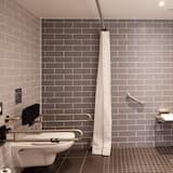 Room, 1 Katil Bujang (Single), Accessible (Roll-In Shower) - Bilik mandi