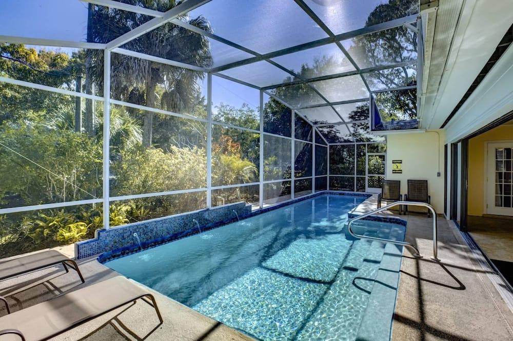 House (Avenida Sanctuary) - Pool