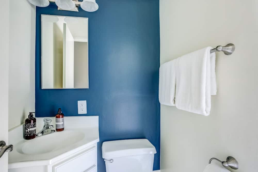Σπίτι σε Συγκρότημα Κατοικιών - Μπάνιο