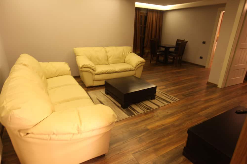 Luksusa numurs, divas guļamistabas - Dzīvojamā istaba
