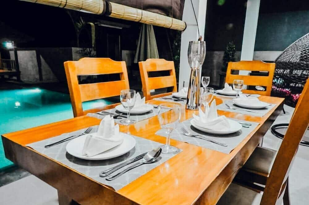 Exclusive Villa, 3 Bedrooms, Private Pool, Beach View - In-Room Dining