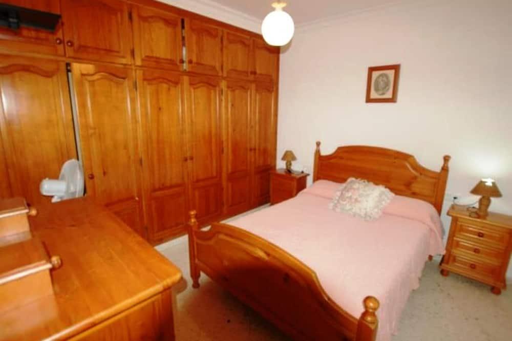 เบสิกอพาร์ทเมนท์, 3 ห้องนอน - ภาพเด่น