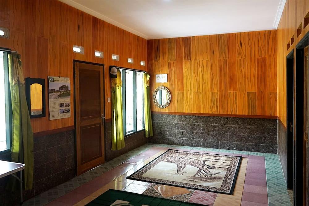 Basic Villa - Living Area