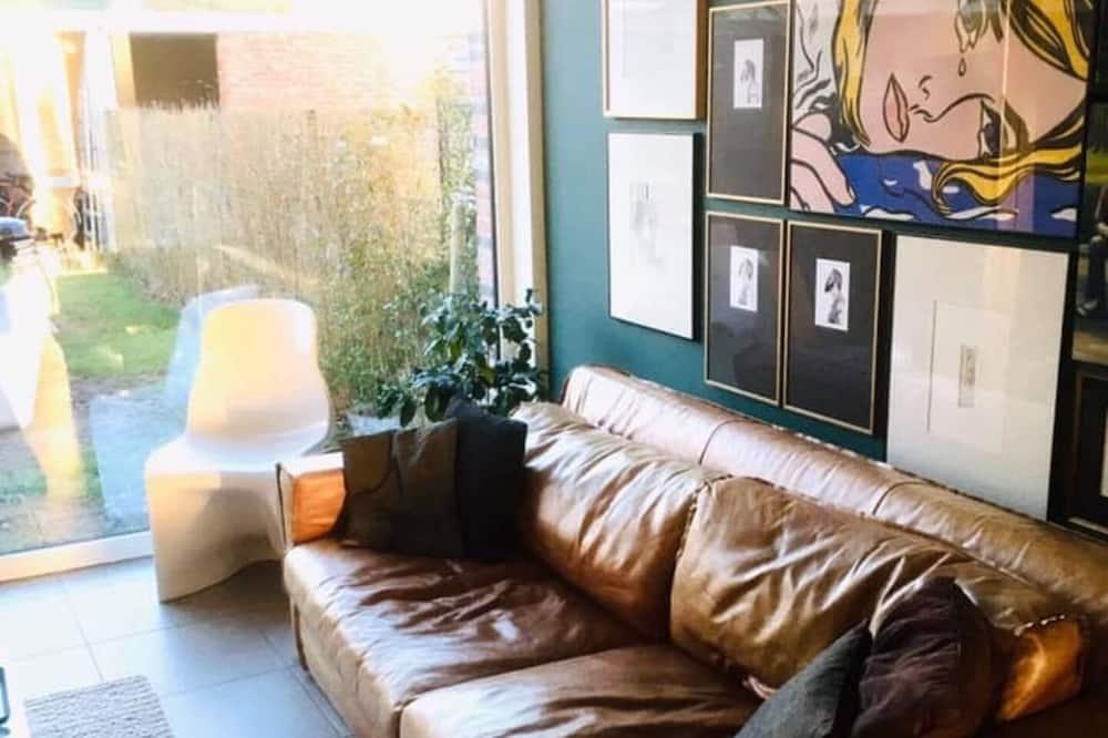 Ferienhaus, 2Queen-Betten - Wohnzimmer