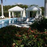 Beautiful Villa Marina in the Best Area of Ixtapa, Ixtapa