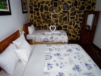Picture of Hotel With Mountain Views With two Terraces - Triple Room 4 in Ollantaytambo