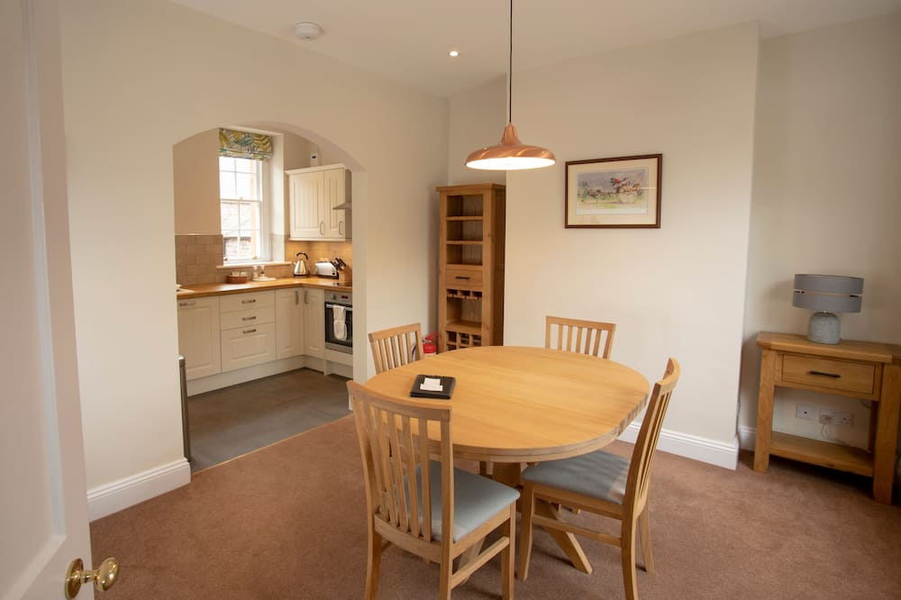 Standard Apartment (2 Bedrooms) - In-Room Dining