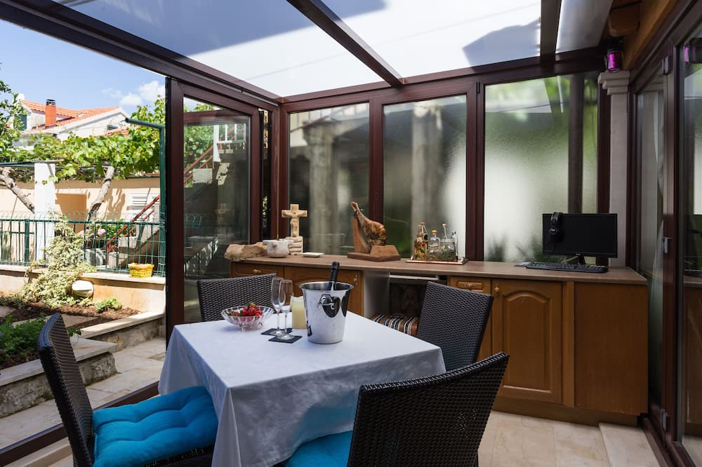 Apartment (One Bedroom Apartment with Terrace) - Terrasse/Patio