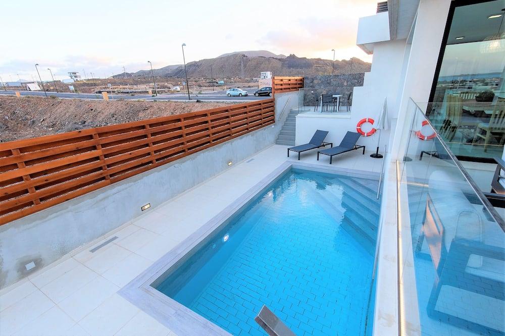 Villa, 4 hálószobával, privát medence, kilátással a tengerre - Saját medence