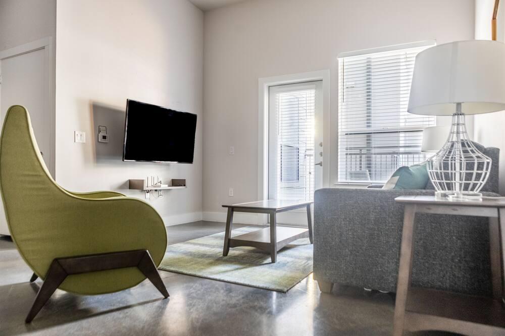WanderJaunt - Hip East Austin Apartments