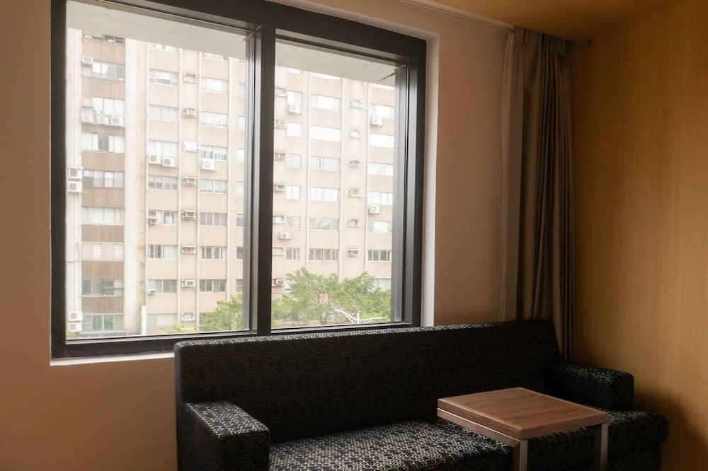 Chambre avec lits jumeaux, plusieurs lits, baignoire, vue ville - Chambre