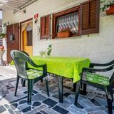 Családi ház, több ágy, kerti (Holiday Home Lepena) - Erkély