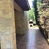 Deluxe Villa - Courtyard View