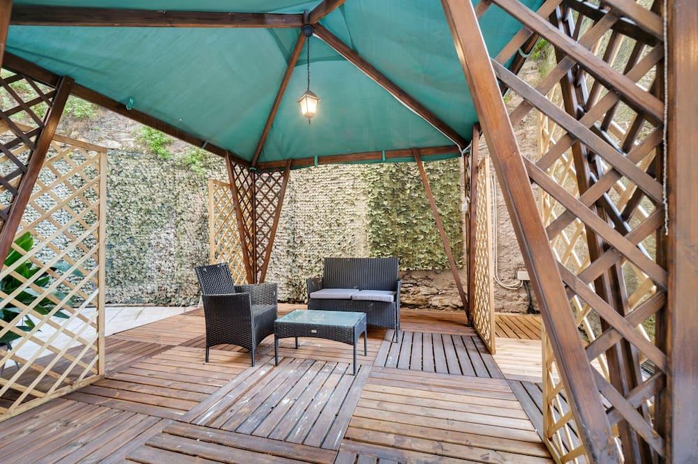 Castelletto Terrace Apartment