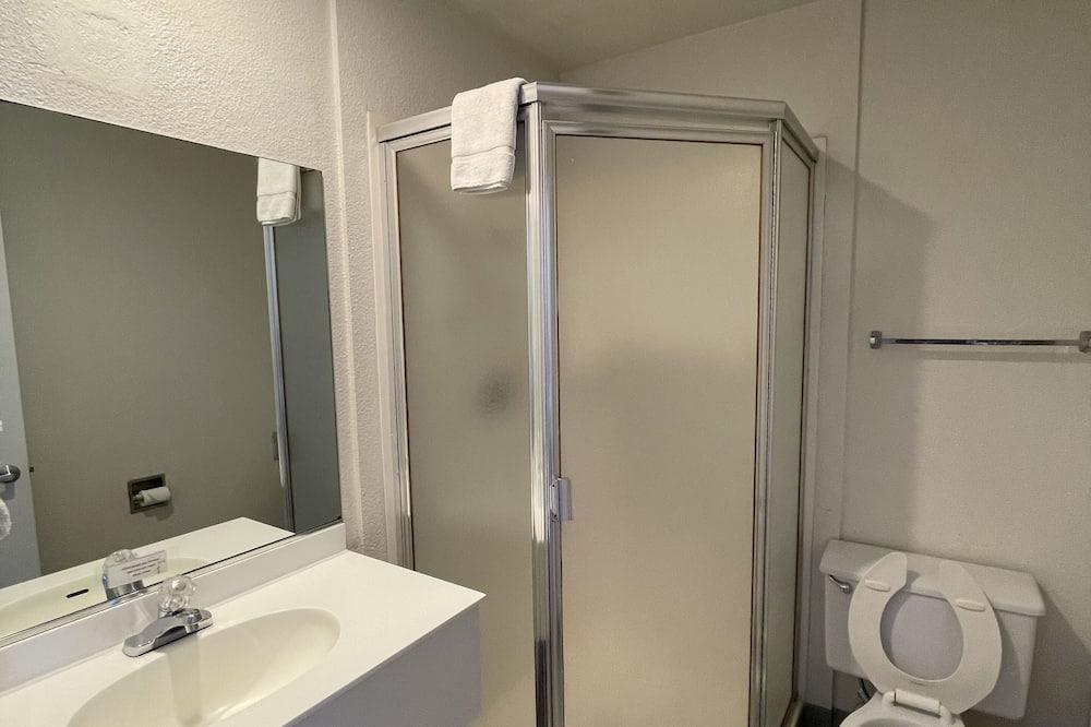 Standard - kahden hengen huone, 2 parisänkyä, Tupakointi kielletty - Kylpyhuone
