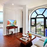 Panoramic Suite - Guest Room