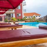 Apartment, 1 Double Bed - Pool