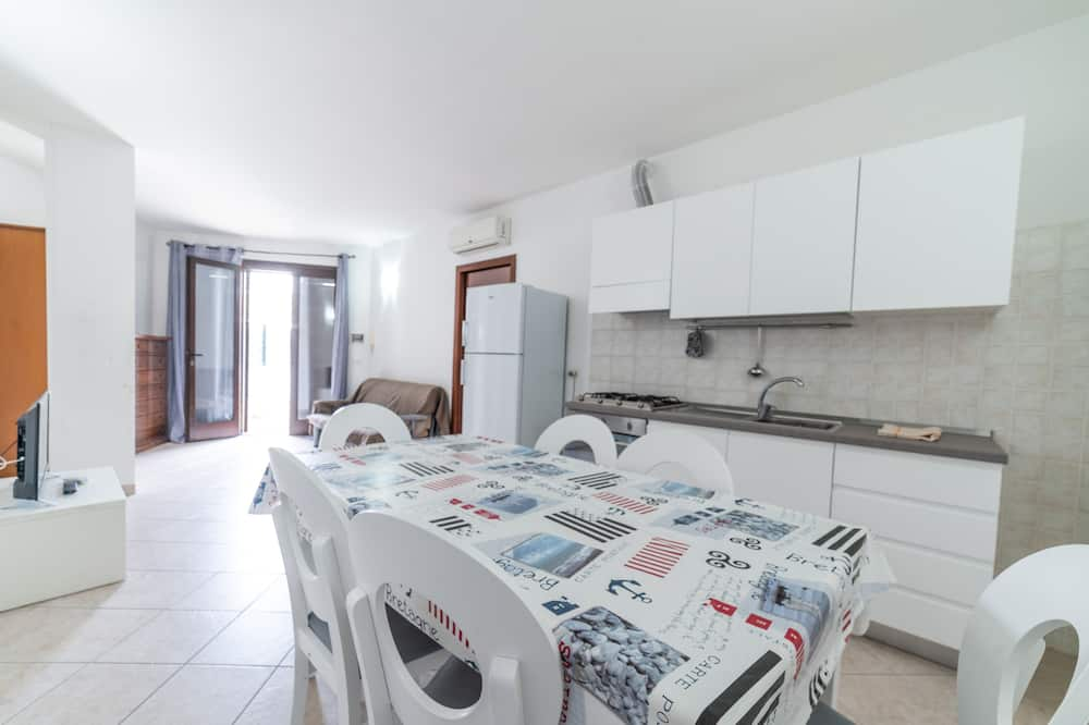 Apartemen Basic - Area Keluarga